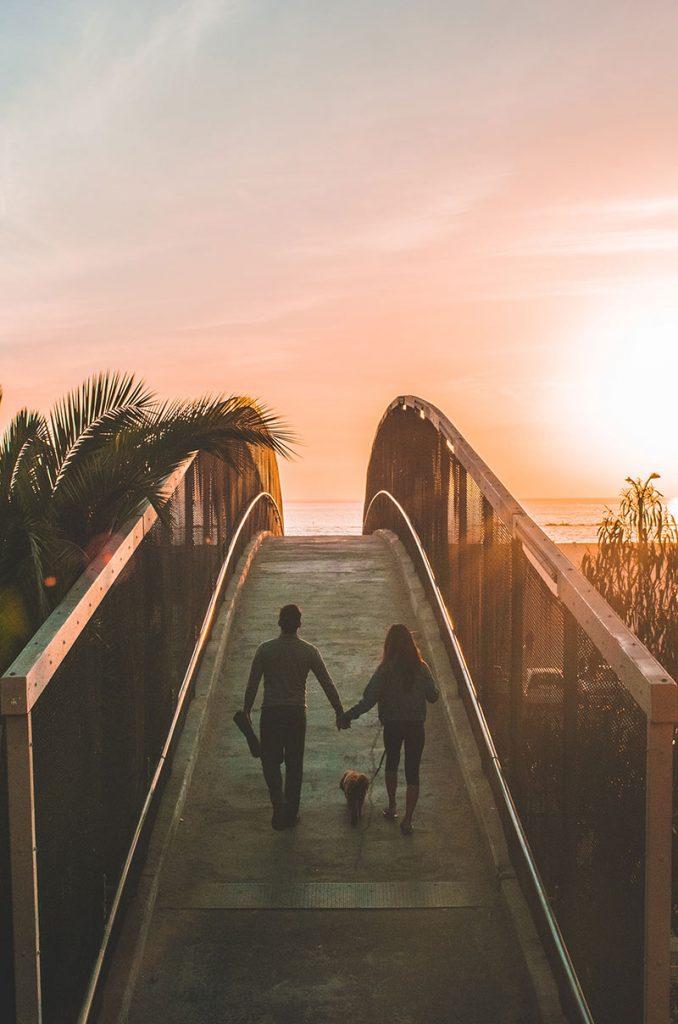 kobieta i mężczyzna na wakacjach