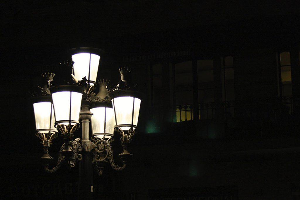 latarnia noca